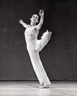 Dancer: Rachel Browne. Photo: Andrew Oxenham, 1975